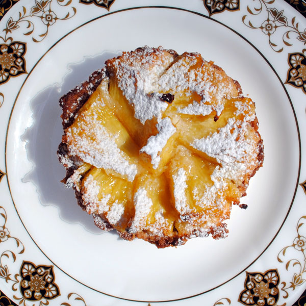 Pineapple macadamia tartlet