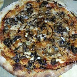 Mushroom pizza from Umami Mia