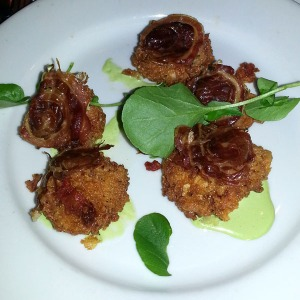 Fried oysters from Cipollina