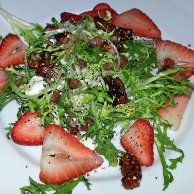 Frisee with strawberries, pecans and goat cheese from Gusto