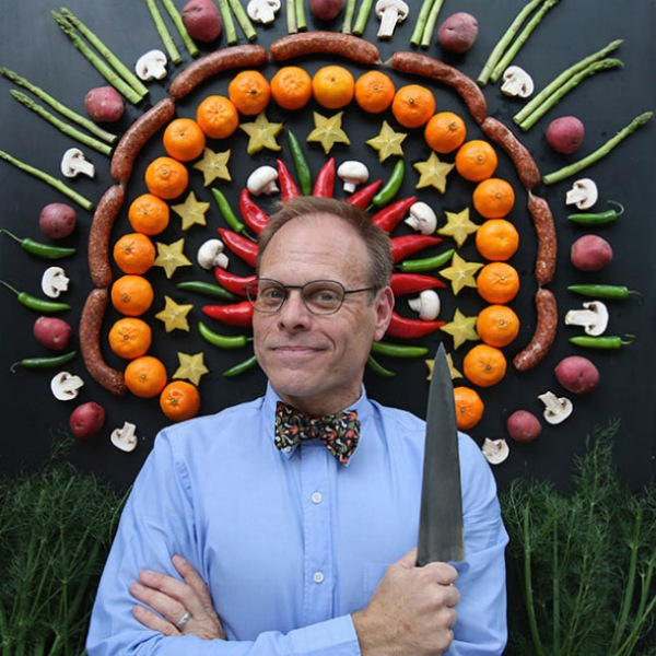 Alton Brown photo courtesy of altonbrowntour.com
