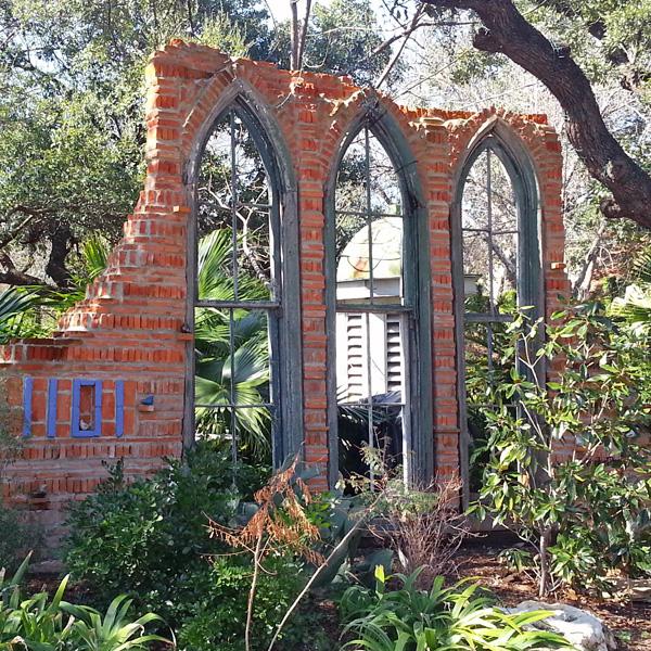 Portal to Jennifer & Fred's garden paradise