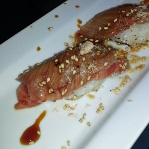 Zushi Puzzle - Kobe beef with sweet sauce and sea salt